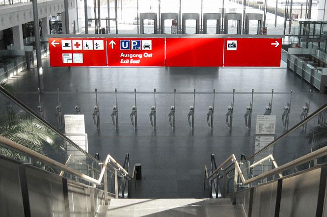Standardbeschriftung, Eingang Messe München