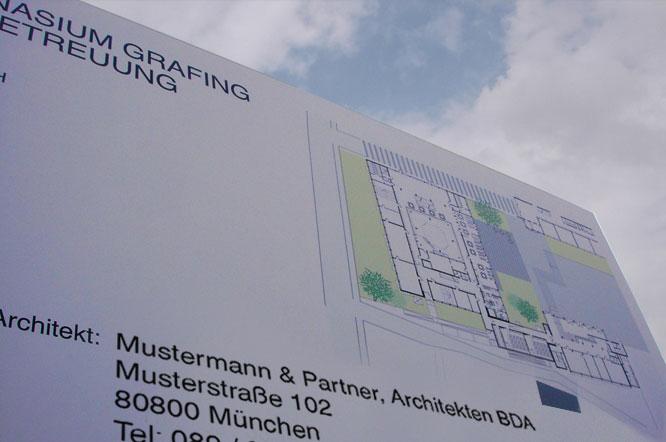 Neubau Bautafel, Grafing