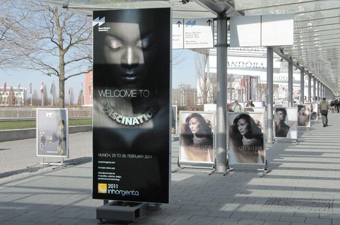 grosse Werbefläche bedruckt Münchner Messe