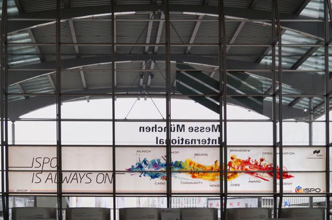 Glasfolierung im XXL Format für ISPO München