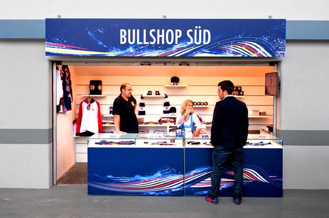 Fanshop Branding bei Sportevents München - Fa. Lang Digitaldruck und Werbetechnik